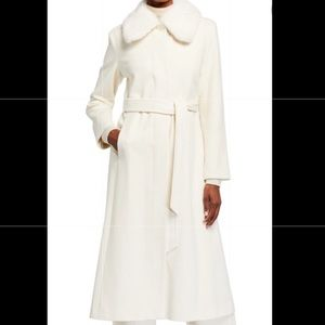 NWOT Sofia Cashmere mink fur collar coat, size 6